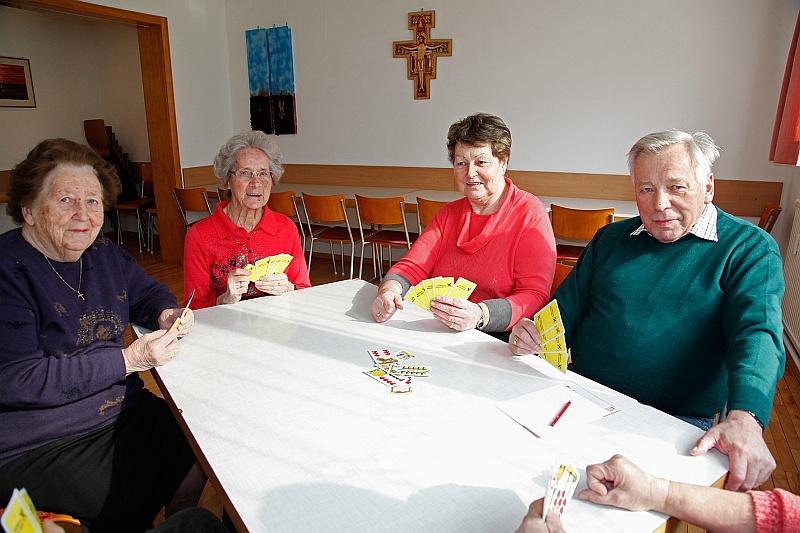 Permalink to:Di., 11.6.: Seniorenrunden ins Gisinger Pfarrheim